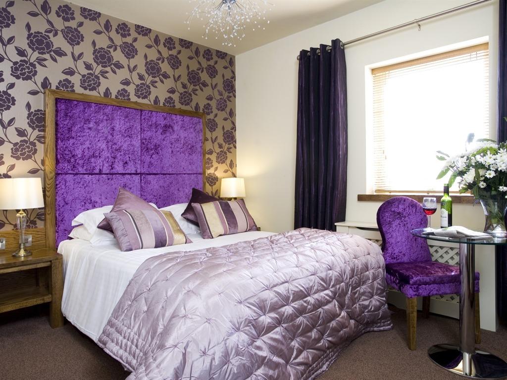 Double room-Ensuite with Bath-Purple