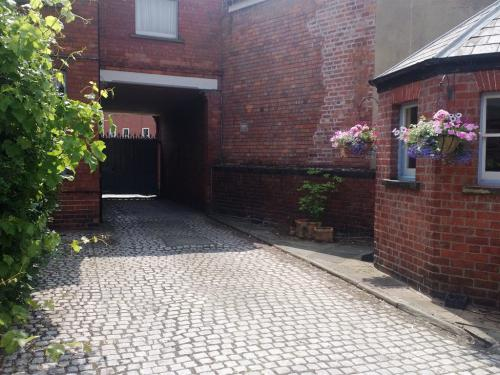 Entrance from Tennyson Street in to the courtyard through the automatic security gates