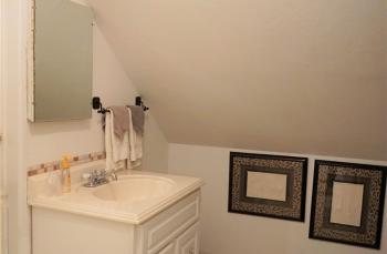 Morocco bathroom vanity
