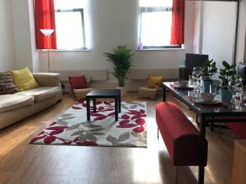 Apartment-Executive-Ensuite-City View-Mezzanine Double Bedroom