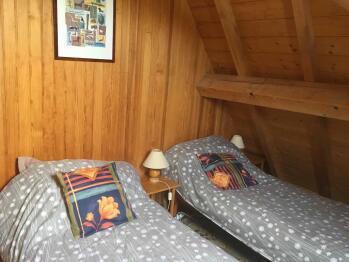 Appartement la Pinède - chambre 2 lits