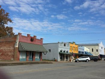 Movie town of Smithville just 10 miles from 9E Ranch