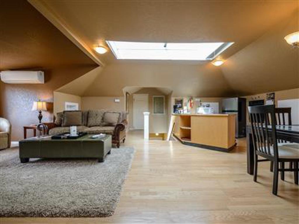 Apartment-Ensuite-Standard-Tree Top Suite.