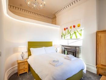 The Kensington Suite - Bedroom