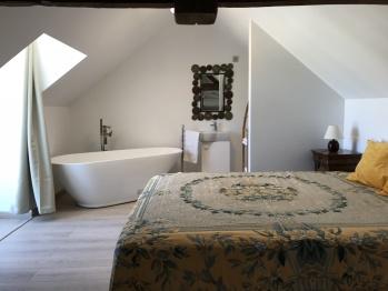 Duplex-Villa-Salle de bain et douche-Terrasse-de Léonie - Tarif de base