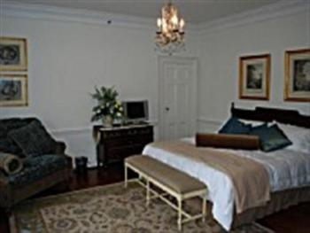 Family room-Shared Bathroom-Family-Garden View-Chateau Room