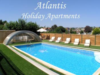 Atlantis Holiday Apartments - Heat pool - avaliable 9am - 9pm daily