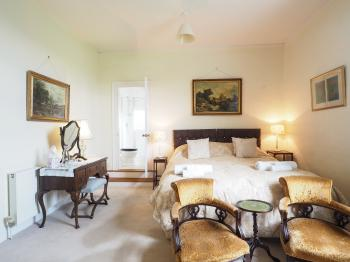 Double room-Premium-Ensuite with Shower-Garden View-Malleson