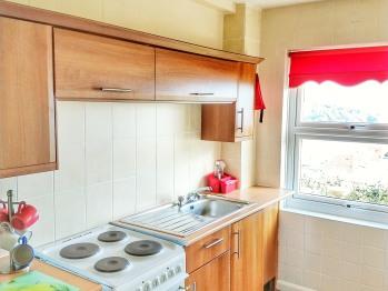 Kitchen : Beach Lodge