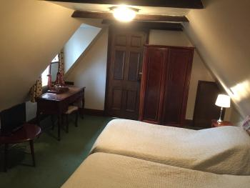 Room 9, Twin Room En-Suite; Second Floor
