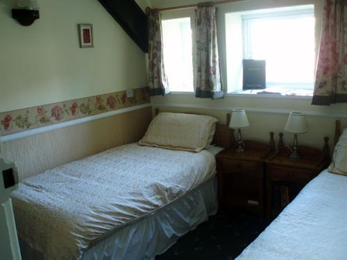 Double or Twin-Deluxe-Ensuite-Ashdale - Base Rate