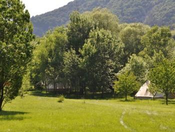 Tente-Supérieure-Salle d'eau-Tente 24m²