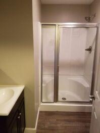 Premier Queen Bathroom