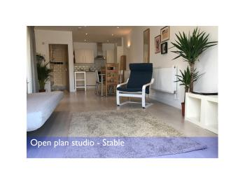 Studio-Private Bathroom-Open Plan