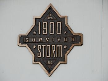 1900 Storm Survivor