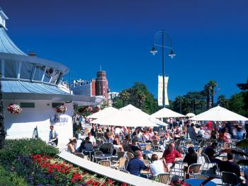 Town Centre cafes - courtesy of Bournemouth Tourism