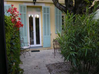 "Croisette-Oasis - Jardin terrasse de l'appartement ""Standard"""