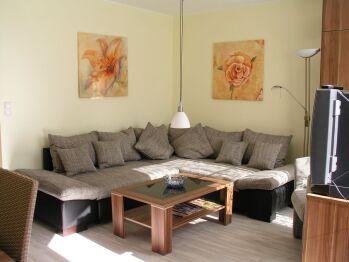 Apartment-Ensuite Dusche-Gartenblick-mit Terrasse