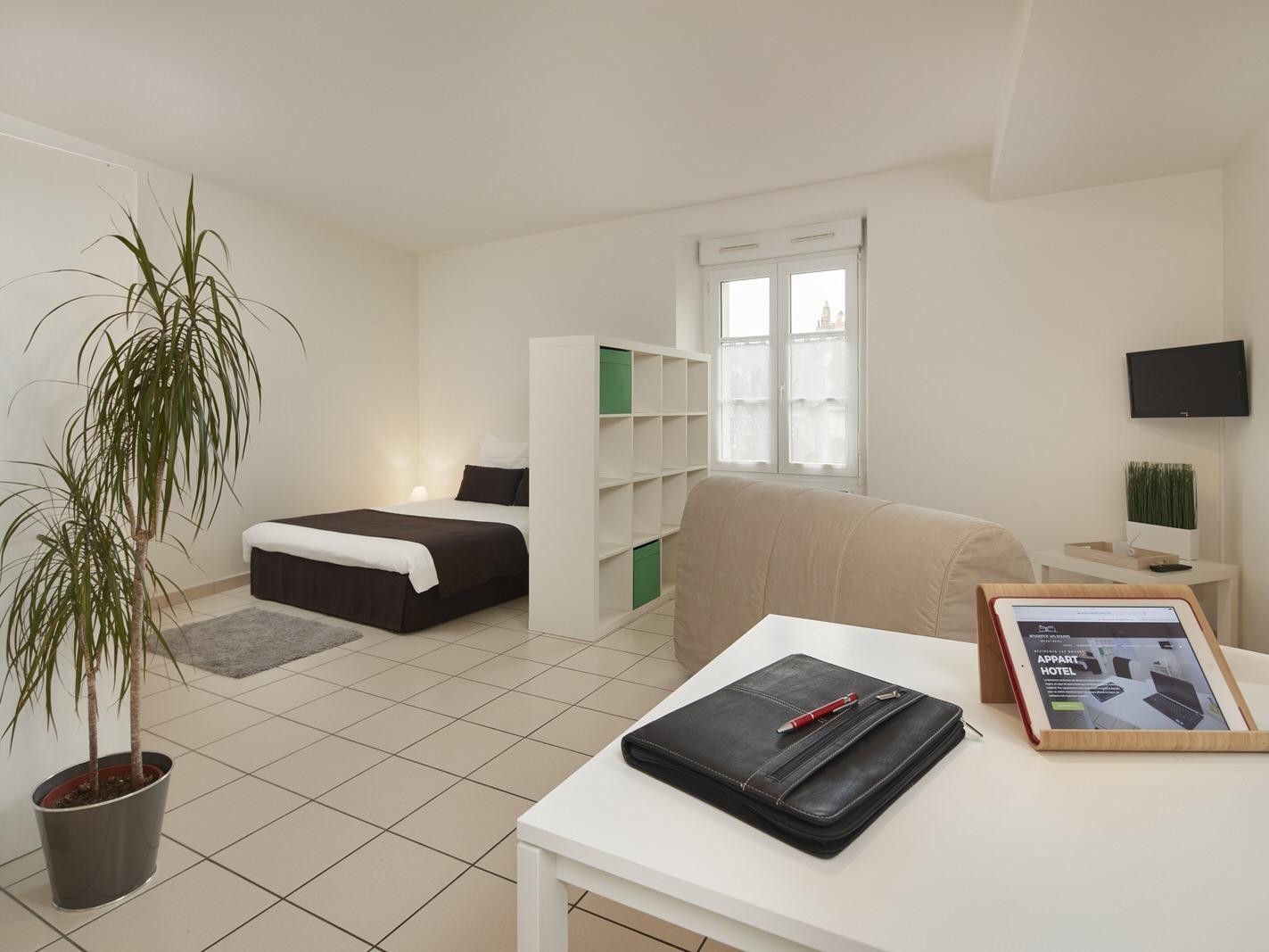 Studio-Vue sur Jardin-Douche - Tarif de base