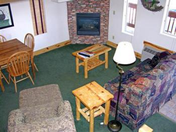 Eagle Fire Lodge & Cabins - 2 Bedroom Suite