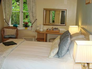 Double Room with Garden View (Room 1)