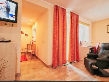 Apartment-Ensuite Dusche-Blick auf den Hof-Zi 11 - Basistarif