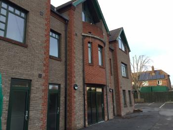 Redbrick Serviced Apartments - Sherwood House -