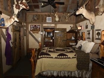 Bunkhouse Cowboy bedroom