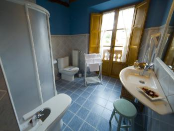 Posada la Rivera de Escalante baño habitación doble número 6