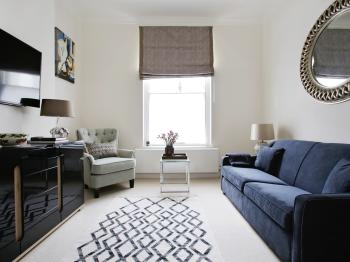 Apartment-Private Bathroom-Central London Flat