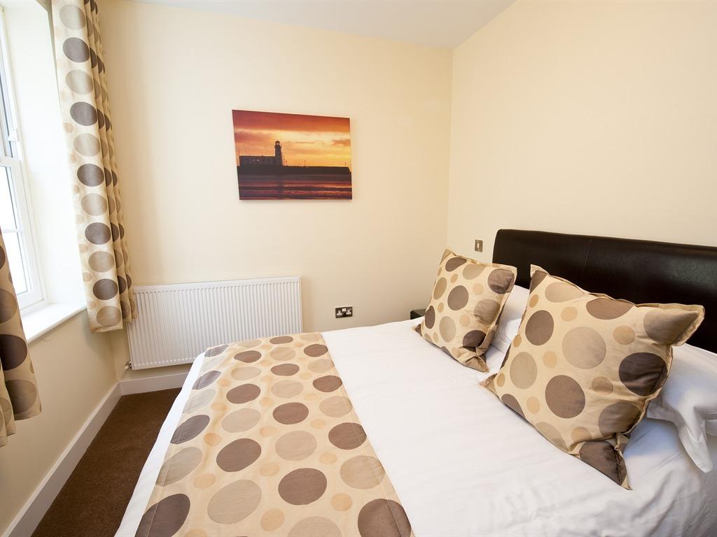 Apartment 5-2 Bedroom
