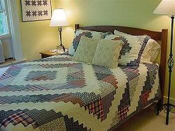 Double room-Ensuite-Comfort-Park View-Middlebury - Double room-Ensuite-Comfort-Park View-Middlebury