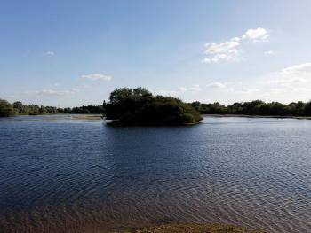 Croxall Lakes nearby