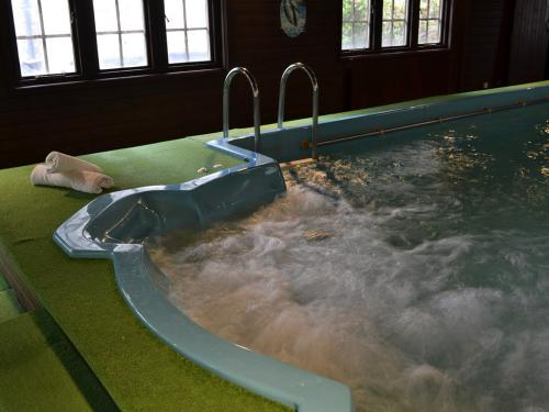 The Jacuzzi (integrated in the pool) helps to relax after a long day