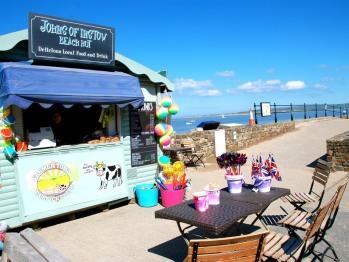 Instow Beach Hut