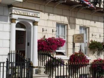 Cumberland Hotel -