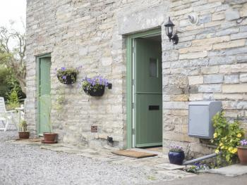 Withy Cottages - Entrances to 1 Withy Cottages