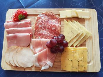 cheese and cold cuts platter