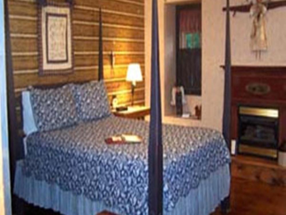 Double room-Ensuite-Standard- Angel Room.