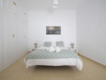Loft-Apartamento-Baño Privado-Patio-Bailén 2 - Tarifa Base