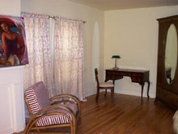 Triple room-Ensuite-Standard-The Bordeaux Suite