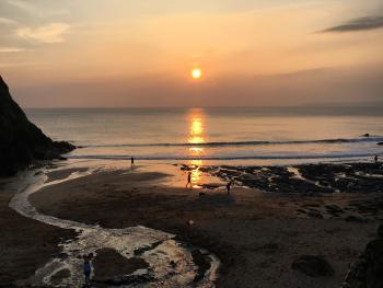 Brightham House Boutique B&B - Our local sunset beach just down the hill (2 miles)   - The beautiful Hope Cove