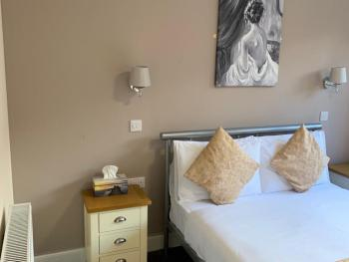 Waverley Inn -
