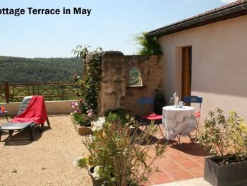 Cottage-gîte terrace