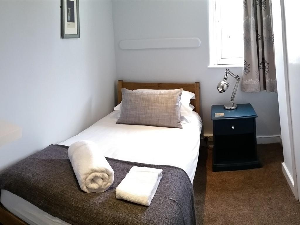 Single room-Standard-Ensuite - Room Only