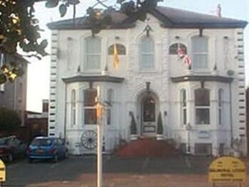 Balmoral Lodge Hotel - Balmoral Lodge