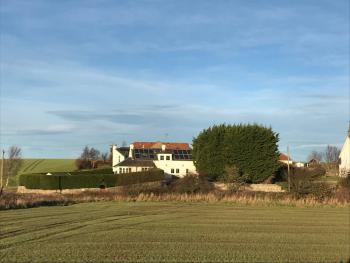 Stunning Farm Steading - 5 Mins to St Andrews -
