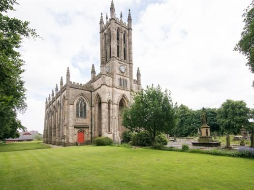Stand Church, Church Lane