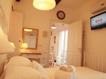 Matrimoniale-Classica-Bagno in camera con doccia-Balcone