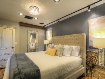 "Master Bedroom ""Petite Sirah"" suite"